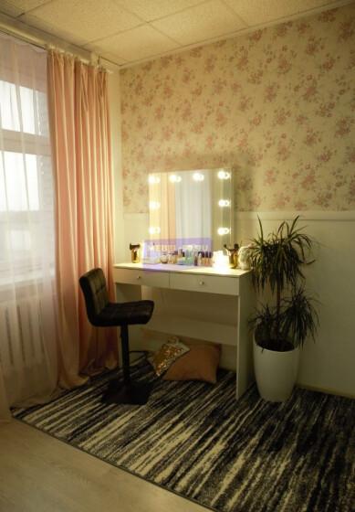 Серия 1.1 (консольная) Стол 120*100 Цвет Белый. Фасад накладной. Безрамное 80*80